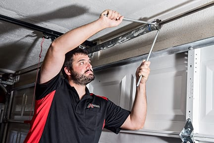 Garage Door Repair in Tucson Arizona